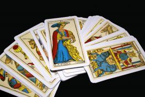 Tarot kort -Spåkone og svindler